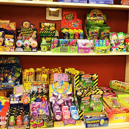 Warheads-Candy-Store-Roscoe-Village-Sweets-Treats-Ohio